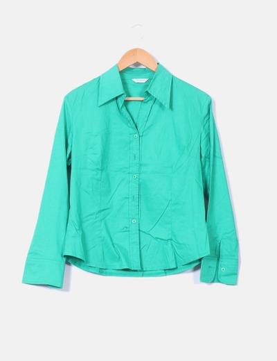 Camisa verde abotonada  Boteli