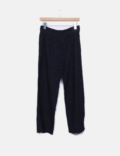 Pantalón palazzo negro guipur