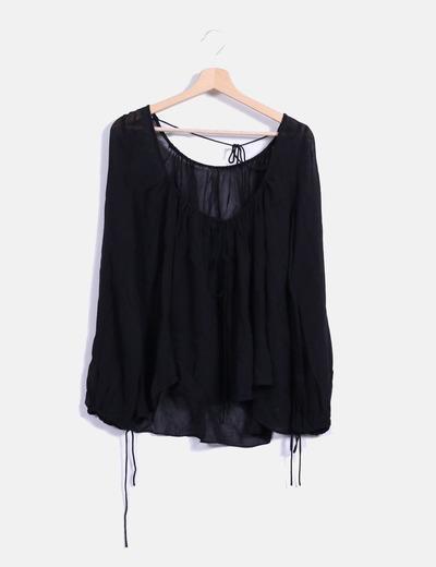 Blusa negra manga larga NoName