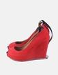 Zapato rojo con cuña pulsera Zara