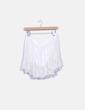 Falda blanca de tul con bordado floral Suiteblanco