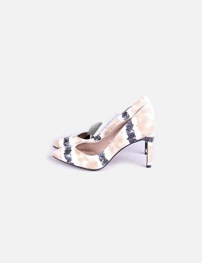 Zapatos animal print texturizados