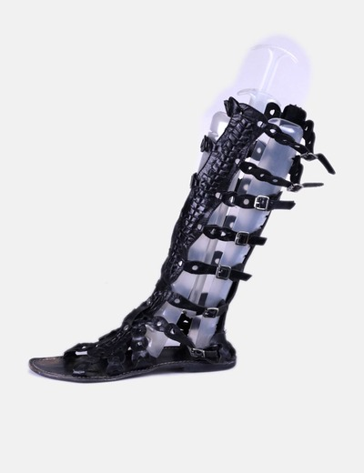 Sandalia romana negra Hazel
