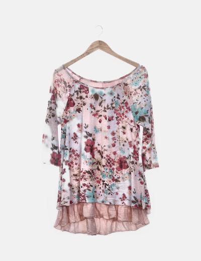 Camiseta rosa estampado floral