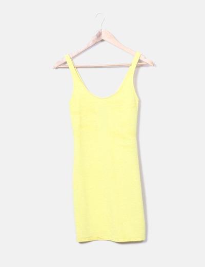 Vestido amarillo texturizado Bershka