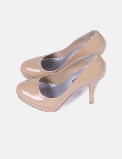 zapatos de separación 738b6 8cd81 Zapato tacón color camel acharolado