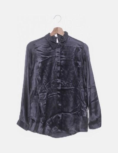 Camisa satén azul marino