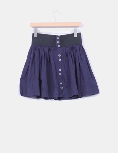 Falda mini azul abotonada con cinturilla