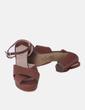 Sandalia marrón de tacón Cortefiel