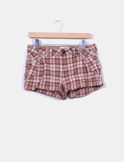 Shorts de cuadros Bershka