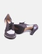 Zapato de tacón con cut out Pollini