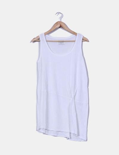 Camiseta blanca de tirante ancho Zara