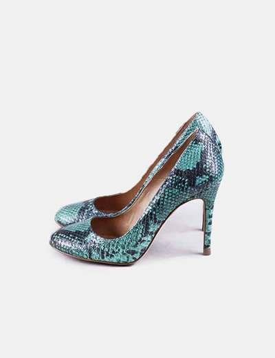 Zapato de tacón verde snake