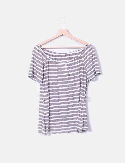 Camiseta cuello elástico a rayas