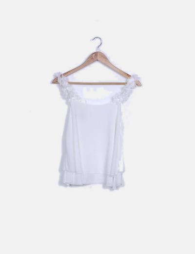 Blusa blanca detalle tirantes