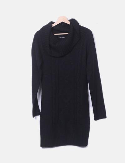 Vestido negro tricot cuello vuelto