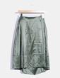 Falda verde satinada Carolina Herrera