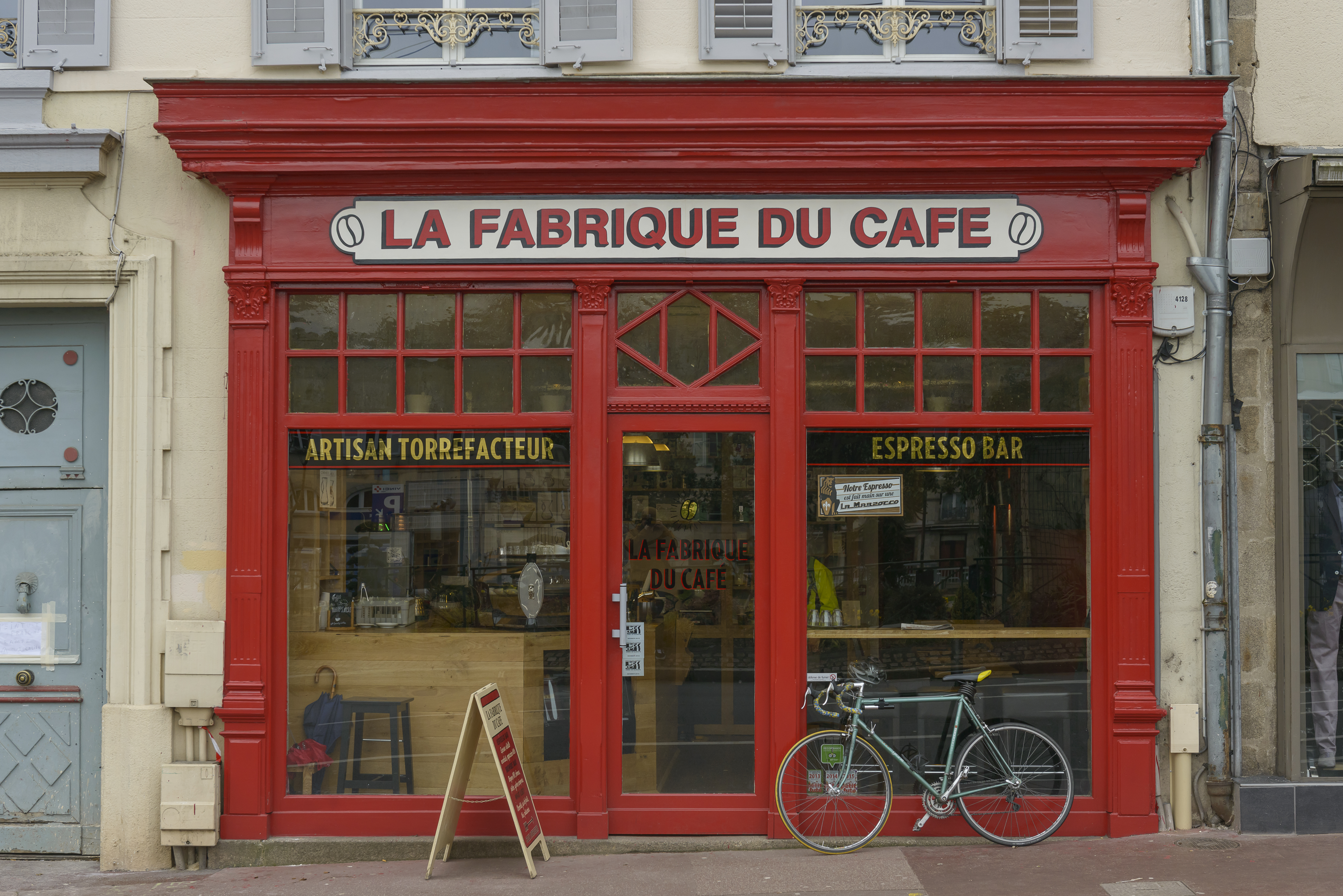 Devanture_Fabrique_du_Cafe.jpg