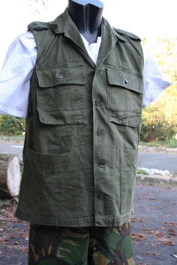 French F2 CCE GAO sleeveless shirt