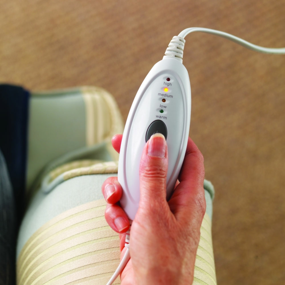 Electric blanket power control