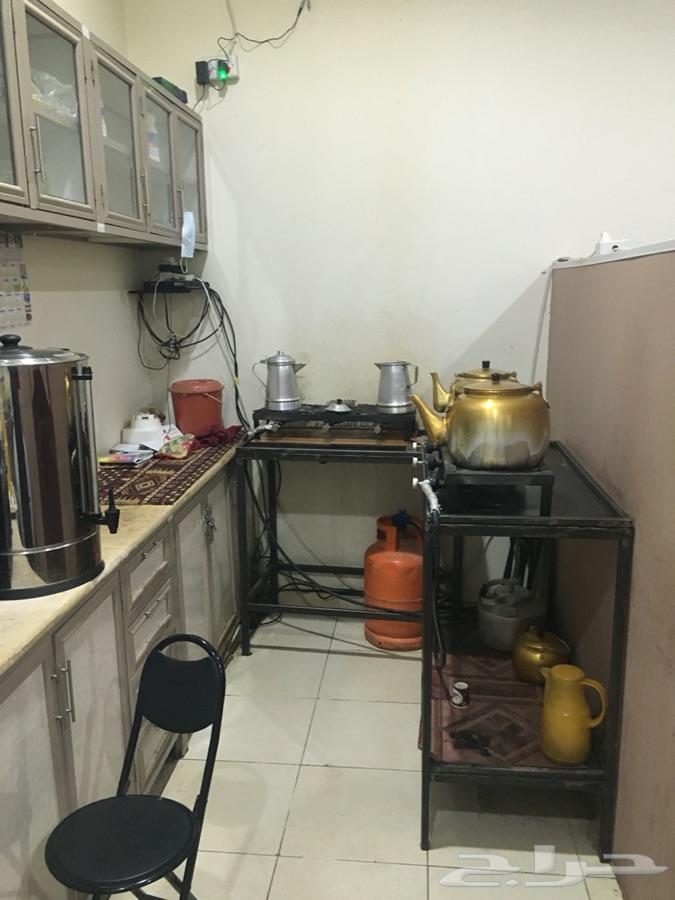 محل قهوه وشاي للتقبيل