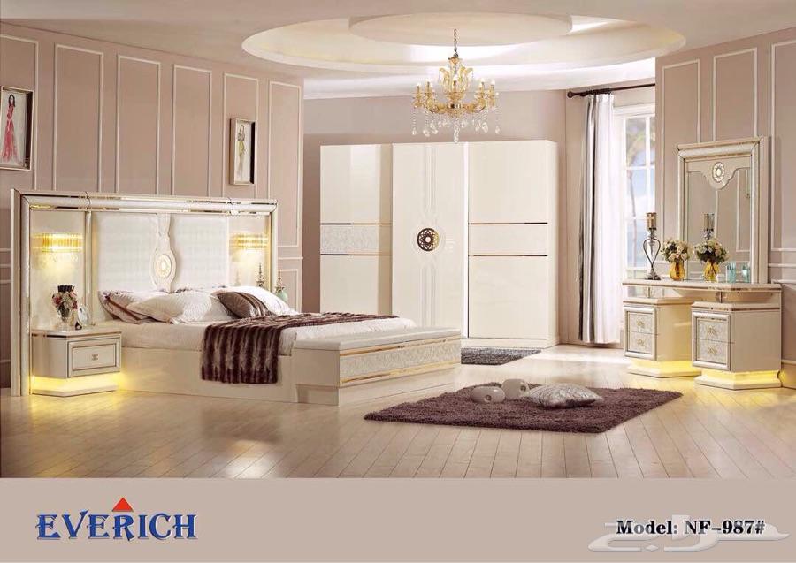 غرف نوم عصرية بتصاميم انيقة واسعار مخفضة