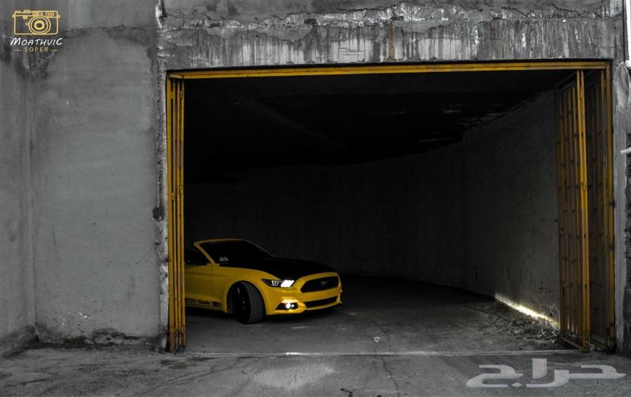مصور سيارات محترف