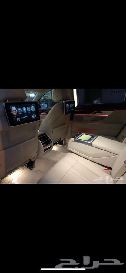 جدة -  BMW 730Li - 2016  - اللون