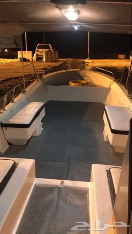 قارب للبيع 9 متر