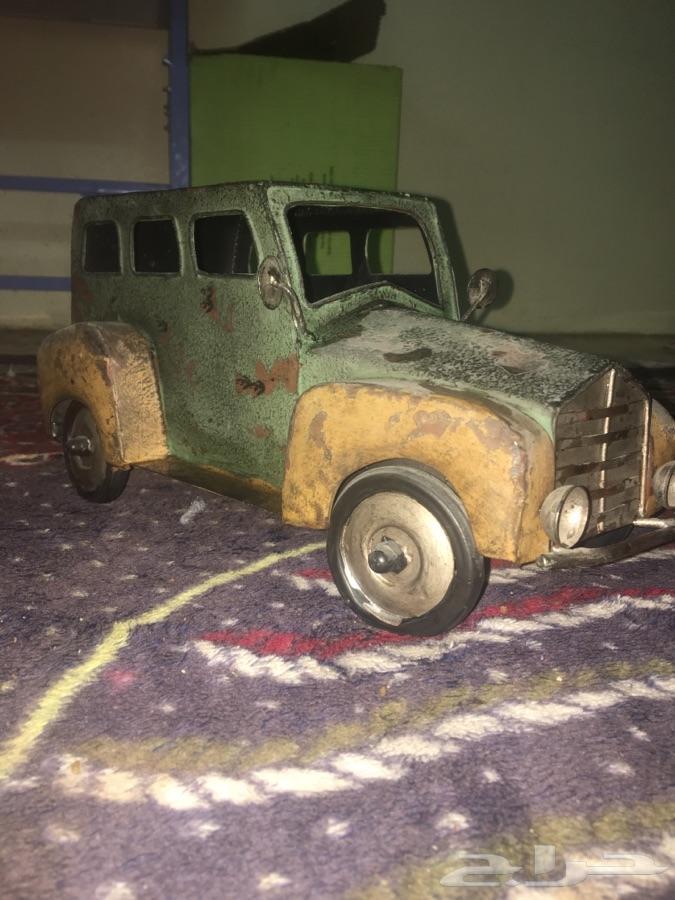 »  سياره صنع يدوي تراث قديم