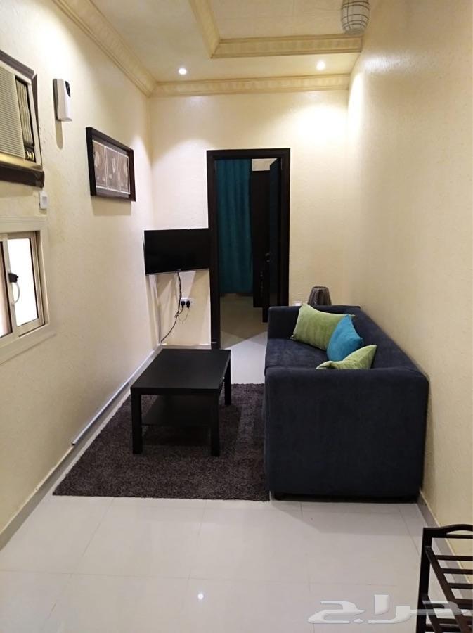 غرفة وصالة مفروشة للايجار الشهري