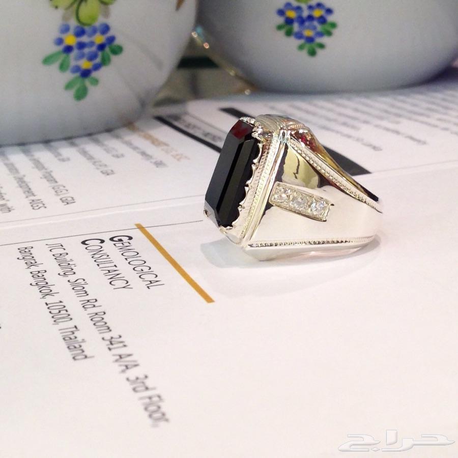 خاتم نيزك أسود ملكي بالالماس مع شهادة