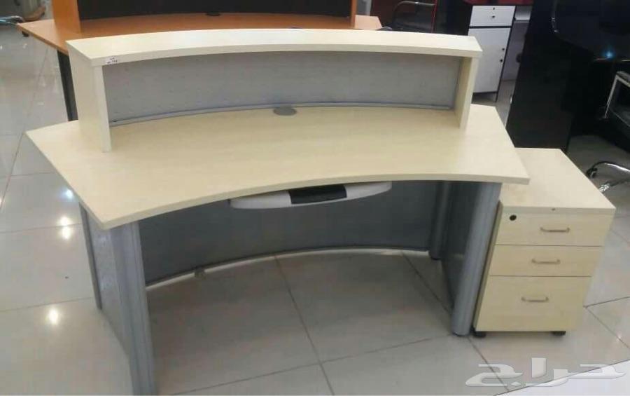 مكاتب اثاث مكتبي كنب دواليب كراسي طاولات