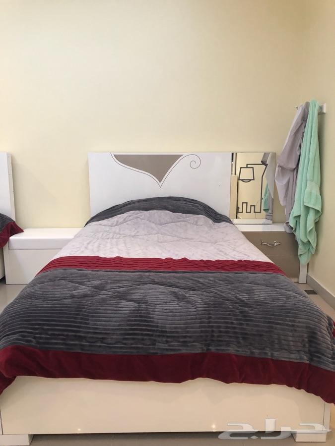 غرفة نوم كاملة للبيع جدة