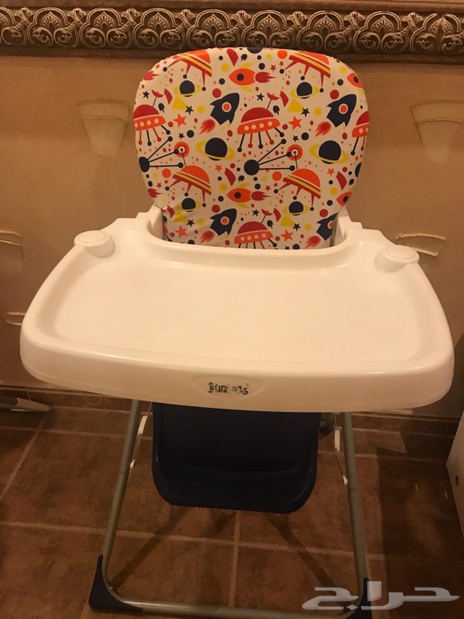كرسي طعام نظيف للاطفال بكرتونه