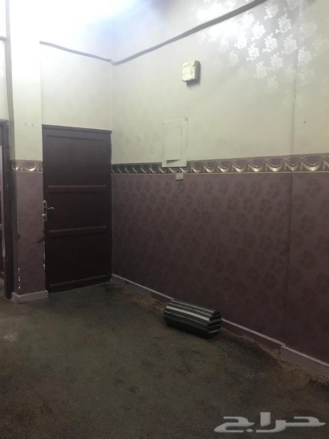 شقة دور ثاني للإيجار في حي سلطانة