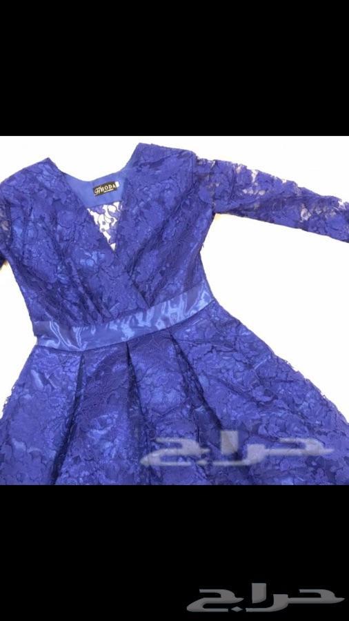 طقم وفساتين نسائي للبيع