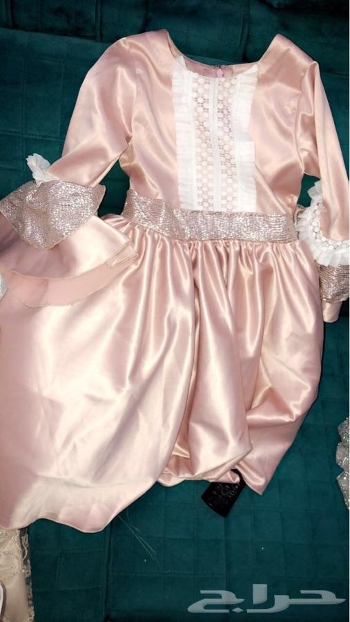 ملابس وفساتين تفصيل وجاهز