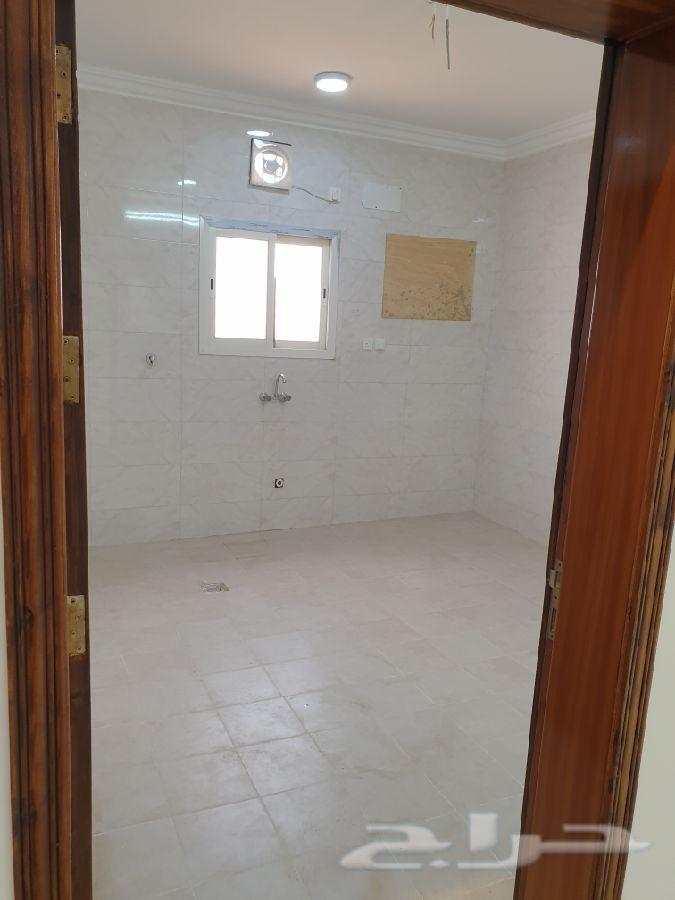 شقة للبيع في حي الشاطئ في جيزان