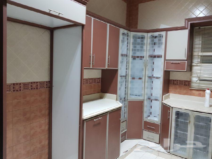 »  غرفة نوم . مجالس . مطبخ . كراسي للبيع