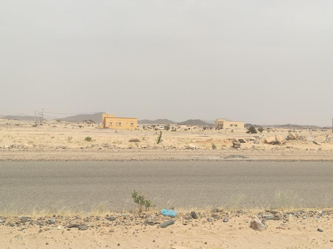 أراضي تجارية بلكه وحده في تثليث