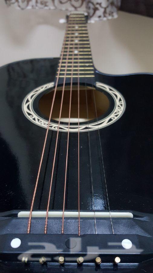 جيتار جديد جدا وسعر ممتاز