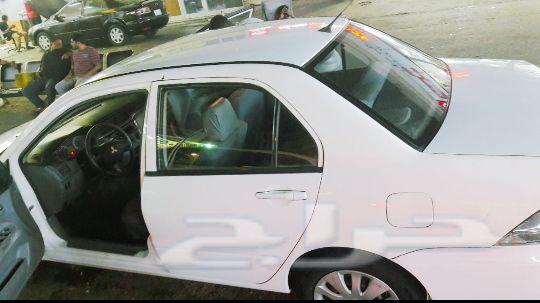 سياره لانسر2011