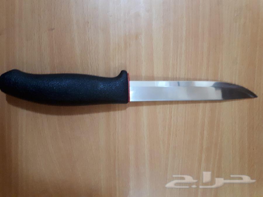 للبيع سكين مورا السويدية