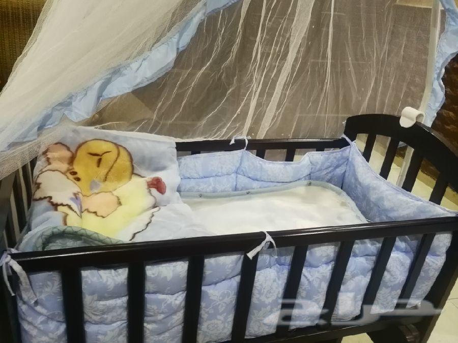 سرير اطفال سنتربوينت جديد