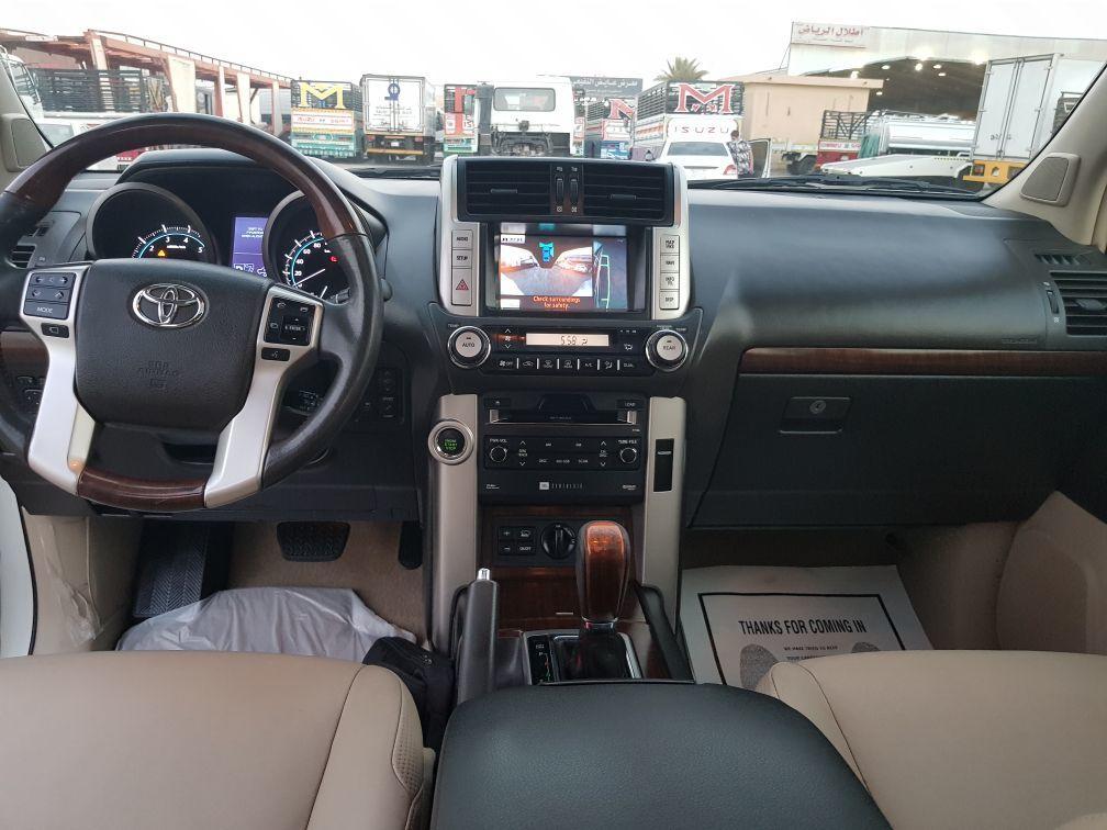 للبيع برادو بريمي VXL فل كامل موديل 2011