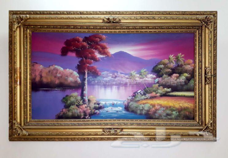 زوليتين ولوحة منظر طبيعي للبيع