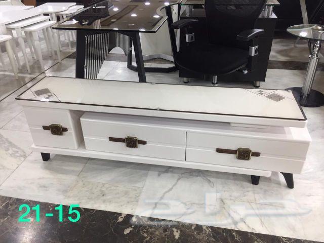 طاولة تلفزيون جديده بالكرتون  الشكل الجديد