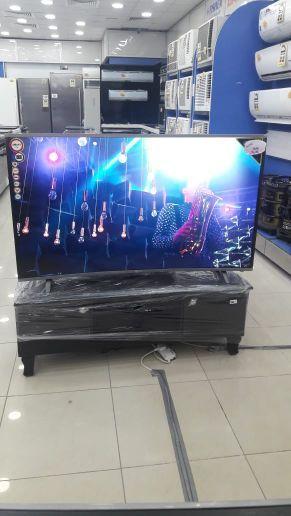 شاشات التلفزيون واي فاي سمارت و4k مع التوصيل