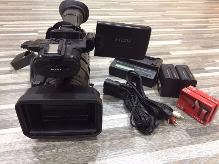 للبيع كاميرا فيديو احترافية سوني Z1